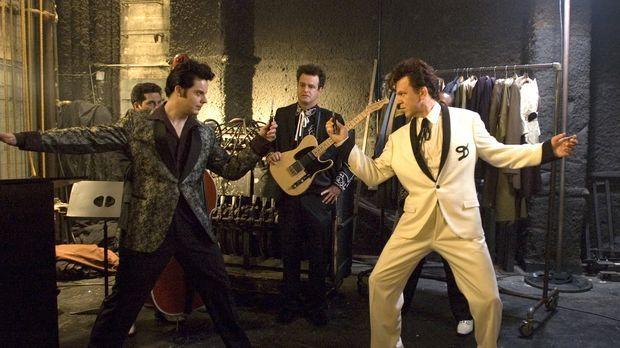 Duell unter Kollegen: Elvis Presley (Jack White, l.) und Dewey Cox (John C. R...
