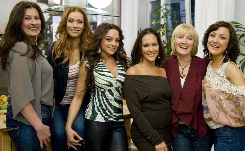 Freundinnen - Mädelsabend mit Biss! (v.l.n.r.) Birgit Ehrenberg, Yasmina Filali, Estefania Küster, Allegra Curtis, Evelyn Holst und Miriam Pielhau... - Bildquelle: sixx