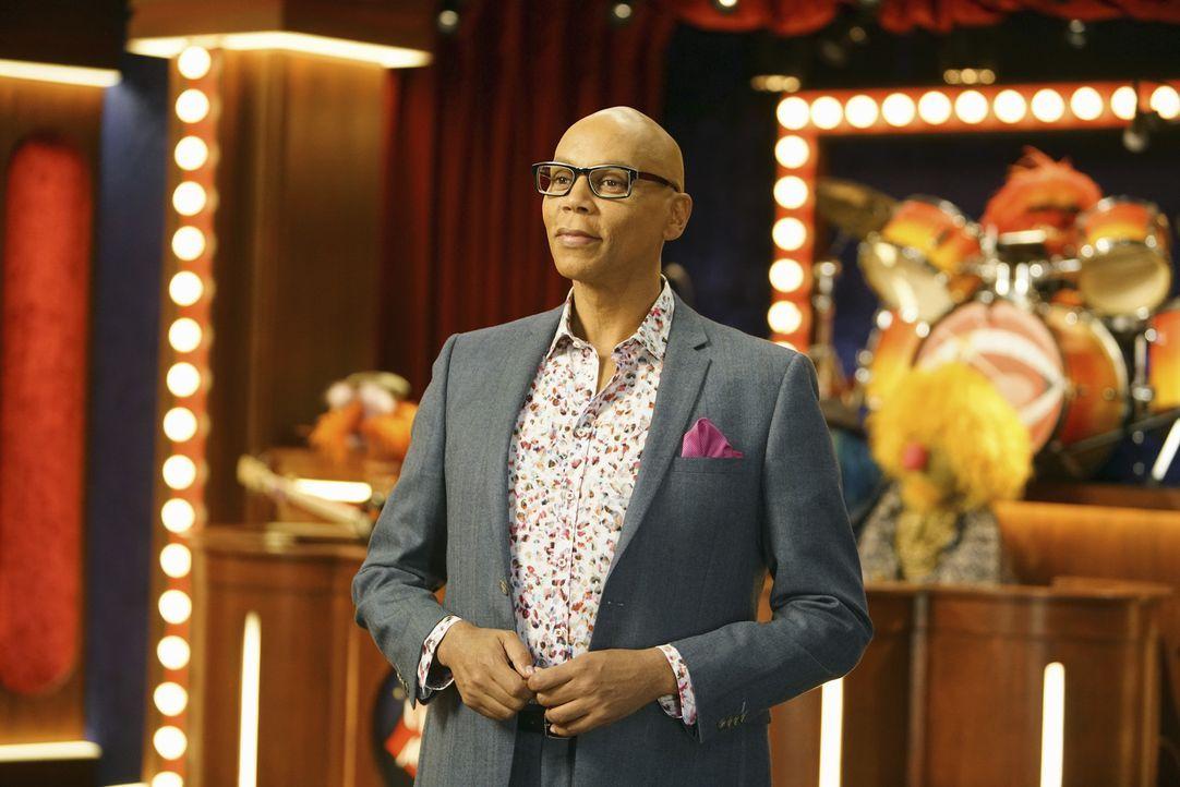 Gast bei Miss Piggy in der Show: RuPaul ... - Bildquelle: Andrea McCallin ABC Studios