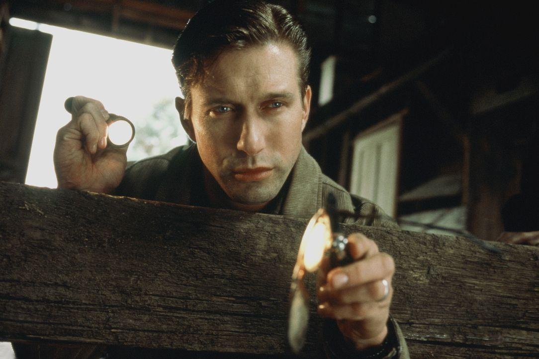 Detective Barnes (Stephen Baldwin) wird seit langem von Albträumen geplagt. Da macht er einen grausamen Fund ... - Bildquelle: COLUMBIA TRISTAR INTERNATIONAL TELEVISION