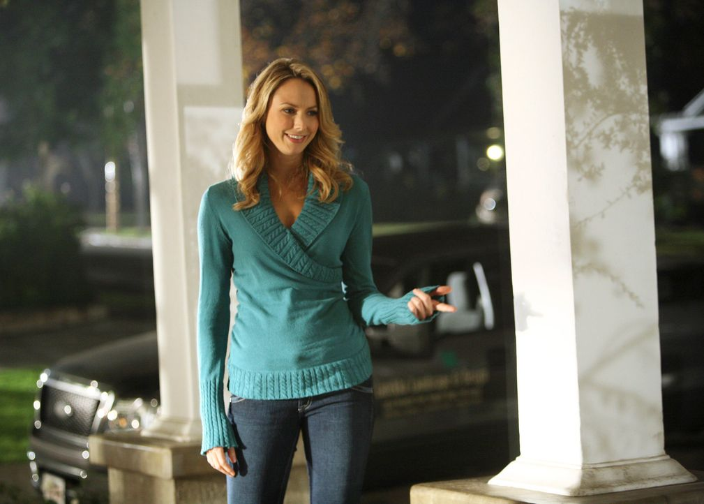 Wieso taucht Rory (Stacy Keibler) wieder in Knights Ridge auf? Will sie Eddie zurück? - Bildquelle: ABC Studios