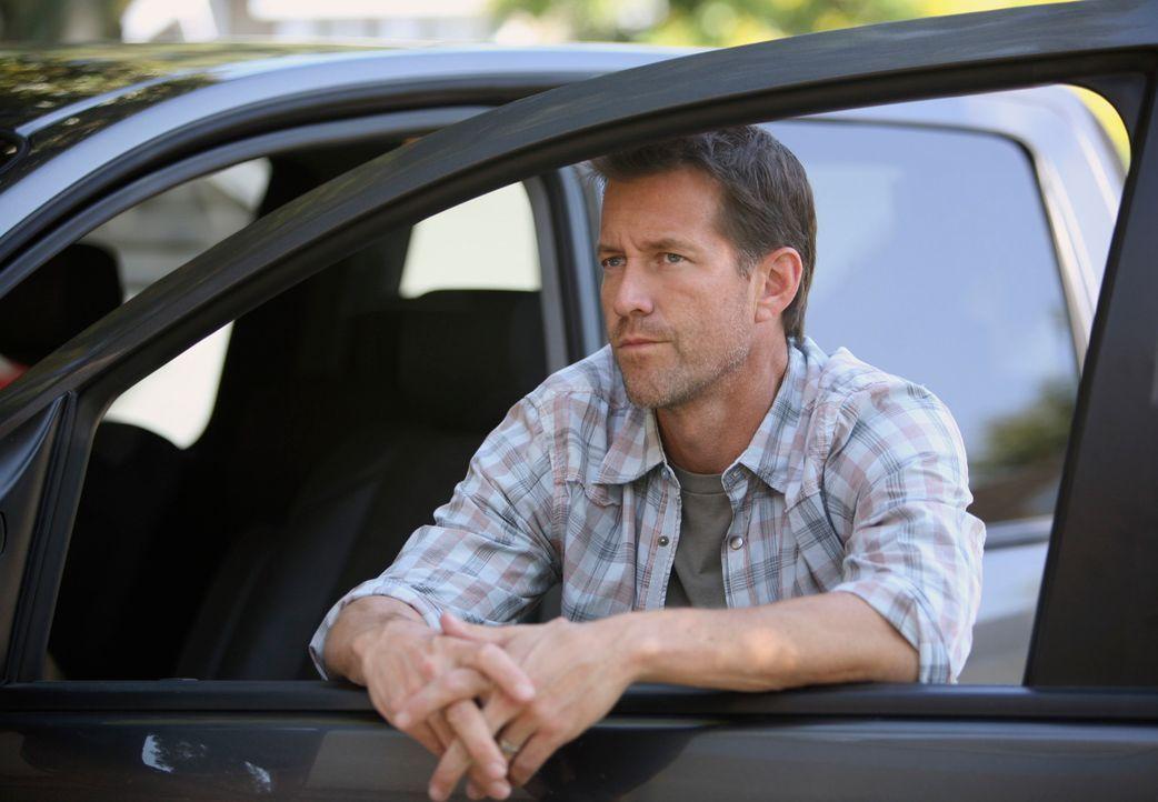 Susans Versuch, sich bei Bob und Lee beliebt zu machen, kommt für Mike (James Denton) sehr teuer ... - Bildquelle: ABC Studios