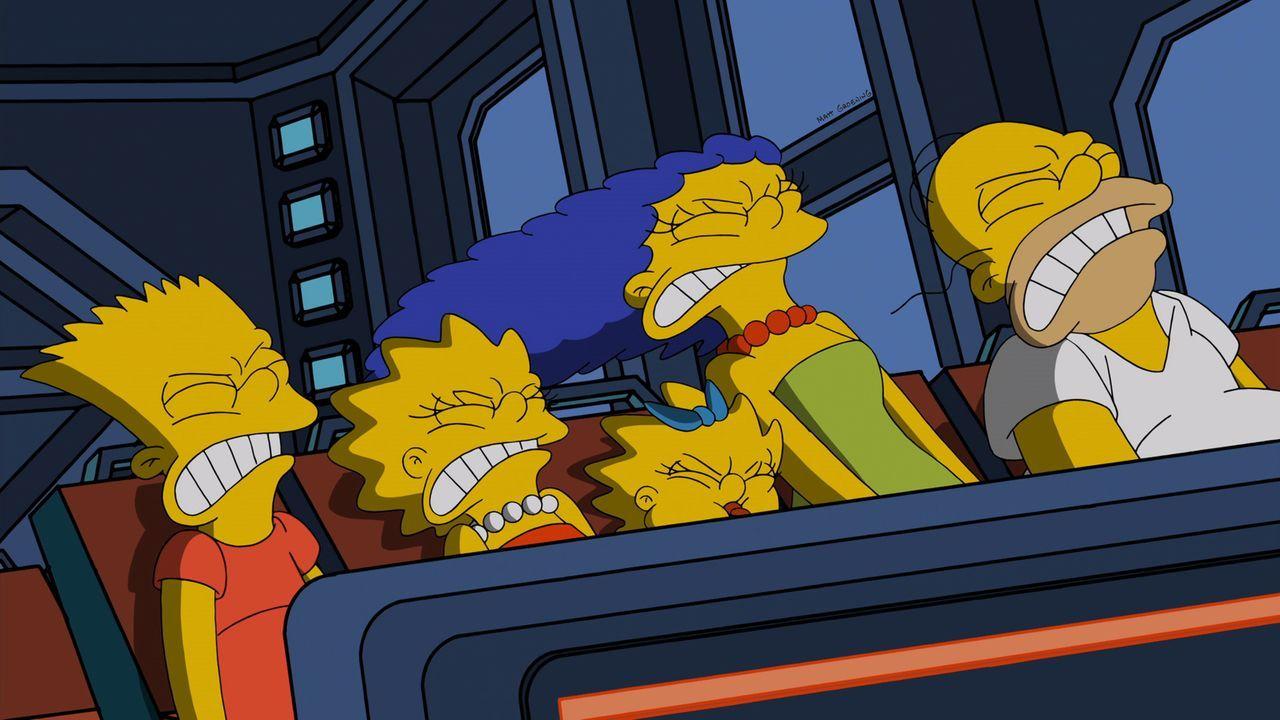 Versuchen alles, um Kang und Kodos zu entkommen: (v.l.n.r.) Bart, Lisa, Maggie, Marge und Homer ... - Bildquelle: 2014 Twentieth Century Fox Film Corporation. All rights reserved.