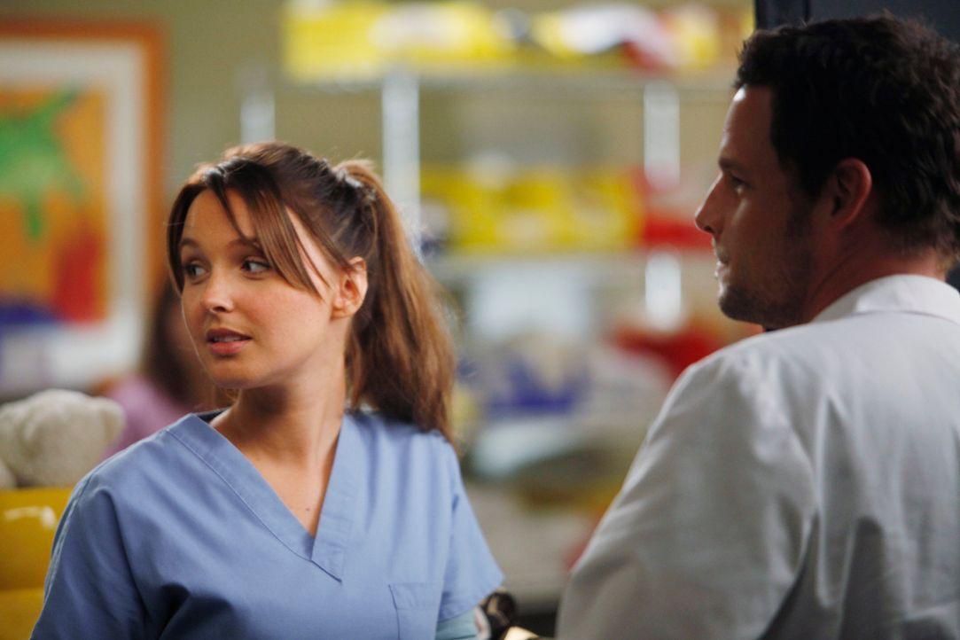 Nachdem Jo (Camilla Luddington, l.) einige Tage nichts von Alex (Justin Chambers, r.) gehört hat, beschließt sie, ihn anzurufen, doch dieser weist... - Bildquelle: ABC Studios
