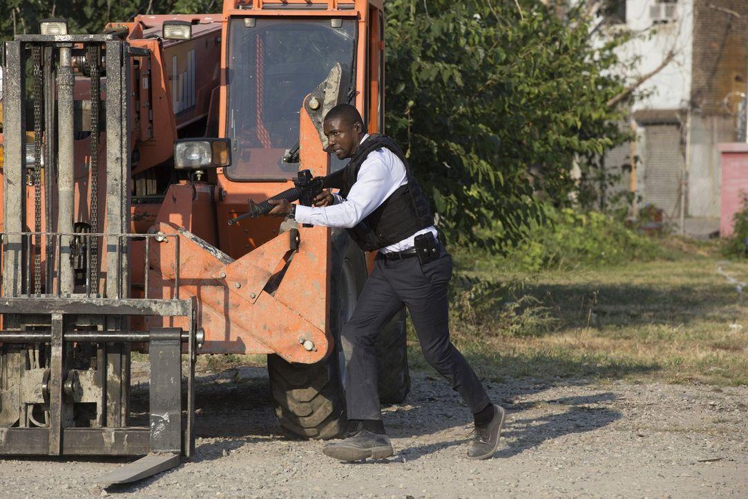 Jagt eiskalte Killer, die sich als Waffenschieber im großen Stil betätigen: Reade (Rob Brown) ... - Bildquelle: Warner Brothers
