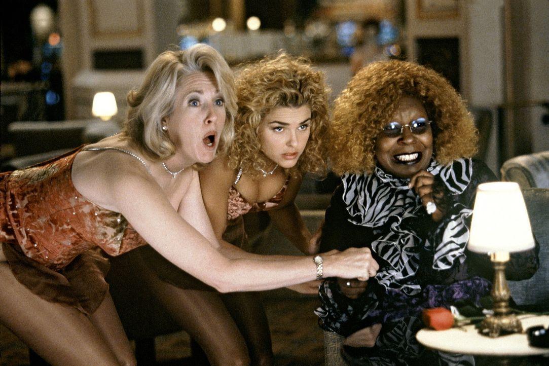 Geht keinem Vergnügen aus dem Weg: Vera Baker (Whoopi Goldberg, r.) ... - Bildquelle: Senator Film