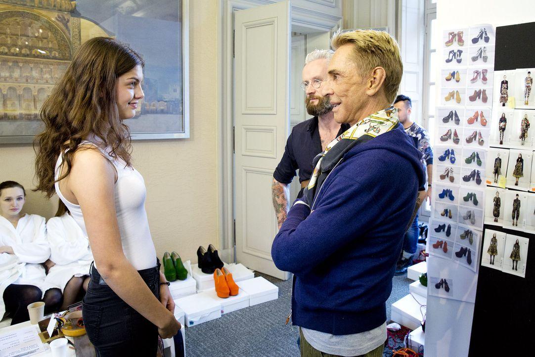 GNTM-Stf10-Epi14-Fashion-Week-Paris-029-Vanessa-ProSieben-Richard-Huebner - Bildquelle: ProSieben/Richard Huebner
