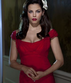 "Jenna Dewan Tatum spielt Freya Beauchamp in ""Witches of East End"""