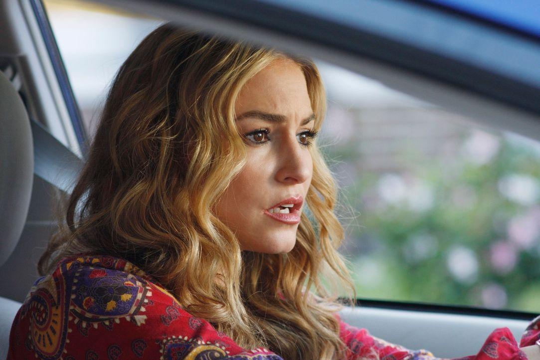 Angie (Drea de Matteo) fürchtet sich davor, dass, wenn Mona den Unfall überlebt, diese sie bei der Polizei verpfeift ... - Bildquelle: ABC Studios