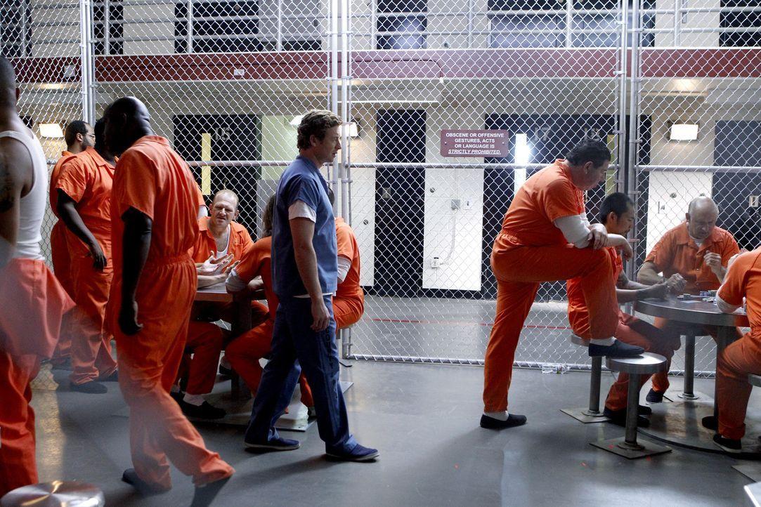 Hat Patrick Jane (Simon Baker, M.) wirklich Red John getötet? - Bildquelle: Warner Bros. Television