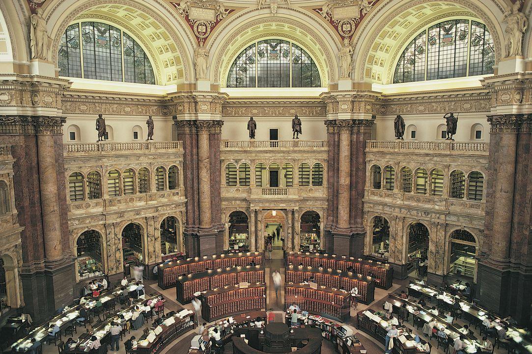 Die Kongressbibliothek in Washington D.C. ist nicht nur ein beeindruckendes Gebäude, man findet dort auch unzählige Bücher sowie die World Digital L... - Bildquelle: Getty Images/Comstock Images