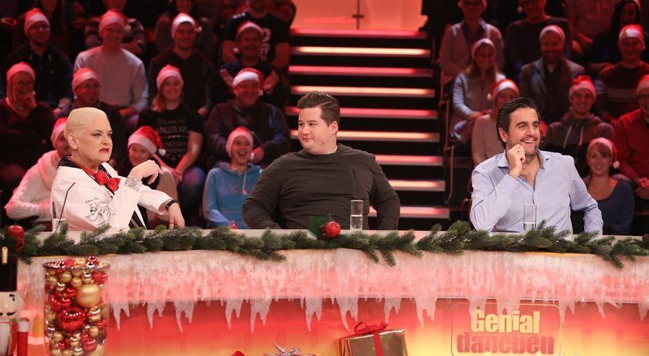 Genial daneben - Video - Genial daneben - die Weihnachtsshow - 7TV