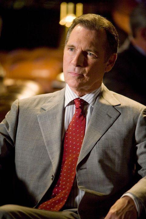 Ist die Anlaufstelle, wenn ein Senator für den Gouverneurs-Posten kandidieren will: Gordon Alexander (Cotter Smith) ... - Bildquelle: 2008 ABC INC.
