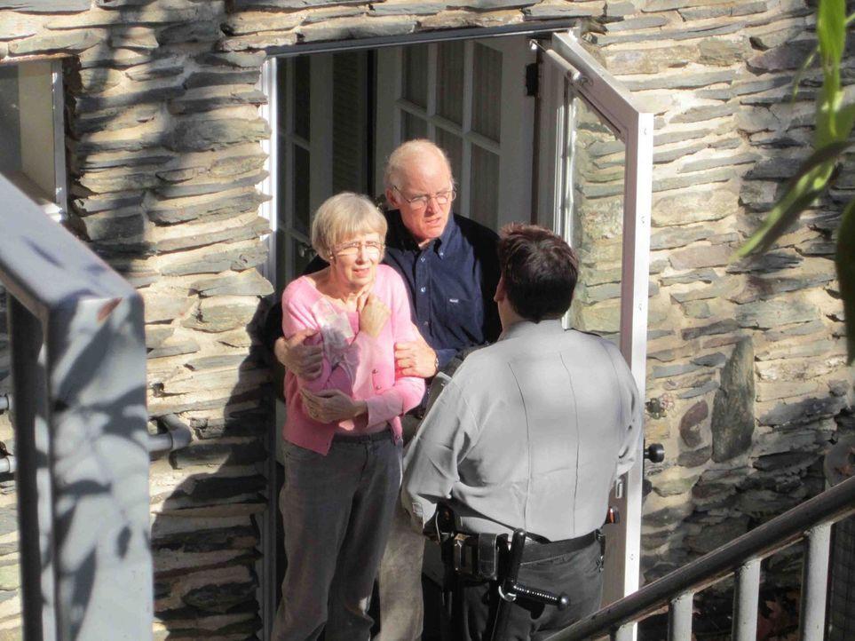 Eine schreckliche Nachricht erreicht Andrews Eltern ... - Bildquelle: Kate Findlay-Shirras Atlas Media, 2011