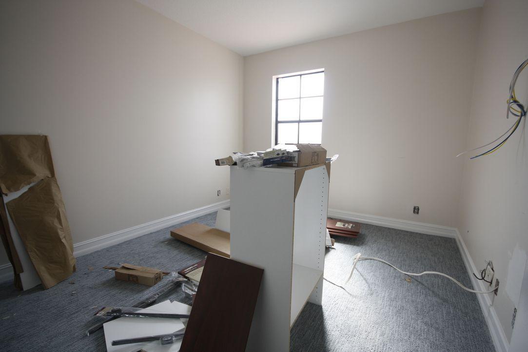 Jetzt sind die Schlafzimmer der Kinder dran: Vanilla Ice bekommt bei der Gestaltung Unterstützung von seinen Töchtern ... - Bildquelle: 2012, DIY Network/Scripps Networks, LLC.  All Rights Reserved
