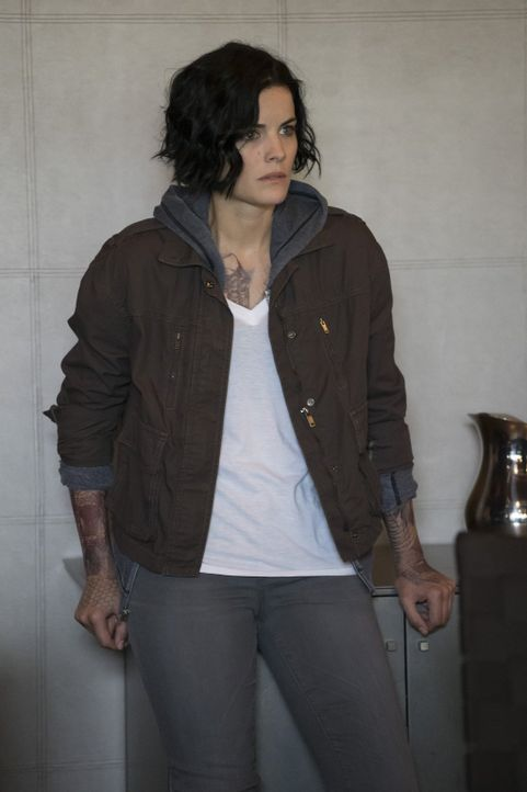 Möchte wissen, wer oder was hinter ihren Tattoos steckt: Jane (Jaimie Alexander) ... - Bildquelle: Warner Brothers