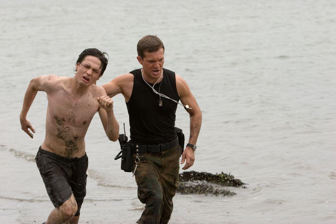 Um seiner Freundin Sophie beizustehen, lässt sich Ben (Gregory Smith, l.) ebenfalls ins Camp Serenity einweisen. Als die Flucht der beiden schief l...