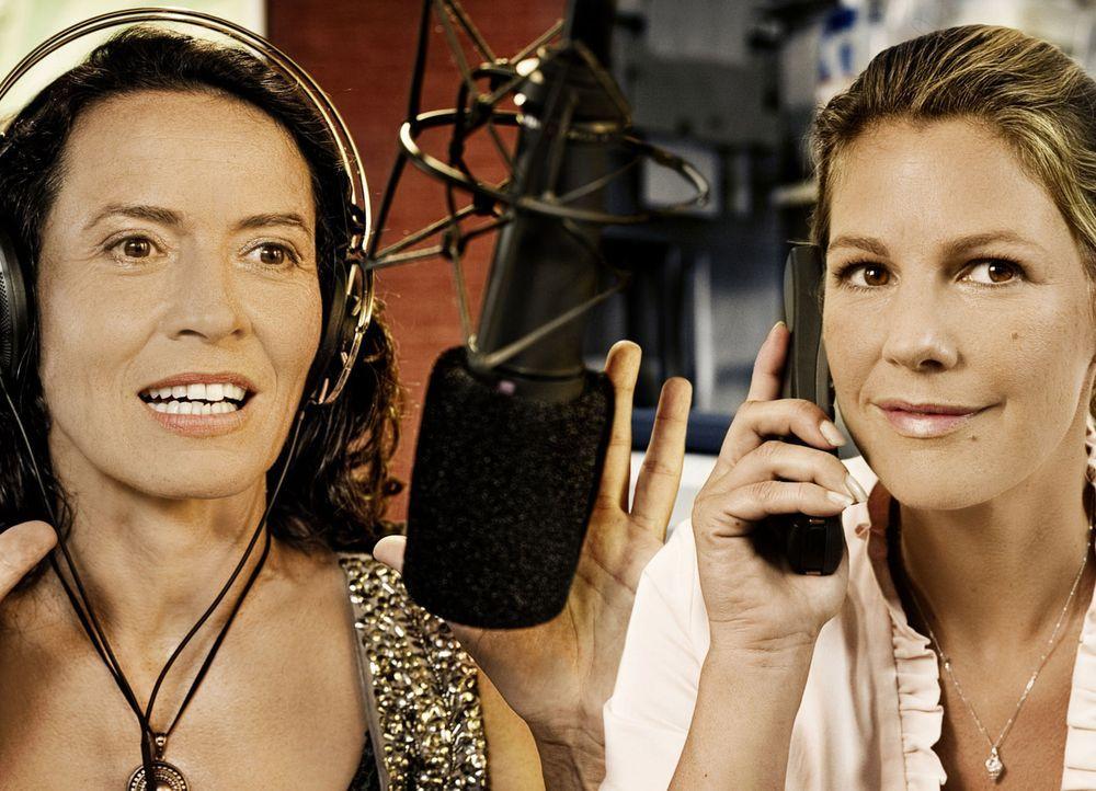 """""""Sex nach Fünf"""" heißt die tägliche Call-In-Radioshow von Ariane Keller (Ulrike Folkerts, l.). Tag für Tag gibt die erfahrene Moderatorin ihren Hörer... - Bildquelle: Marco Nagel SAT.1"""