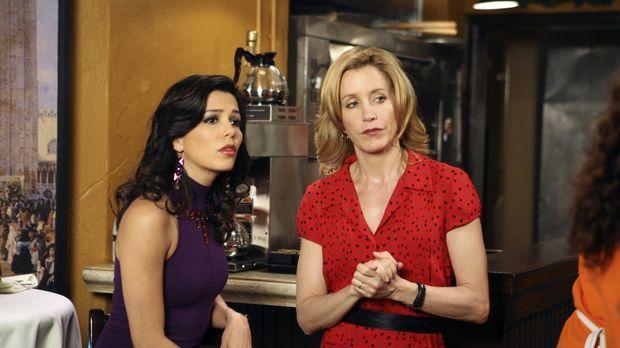 Gabrielle (Eva Longoria, l.) erfährt bei ihrer Verlobungsfeier, dass Carlos j...