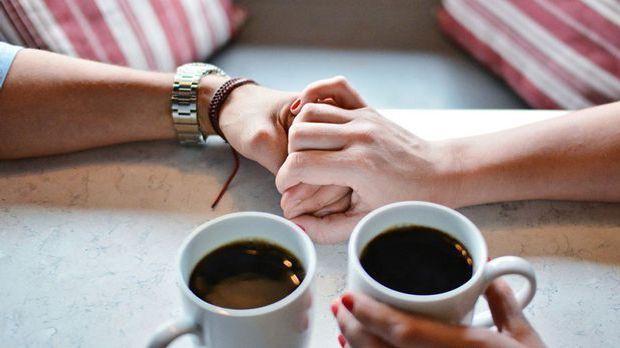Händchen halben beim Date