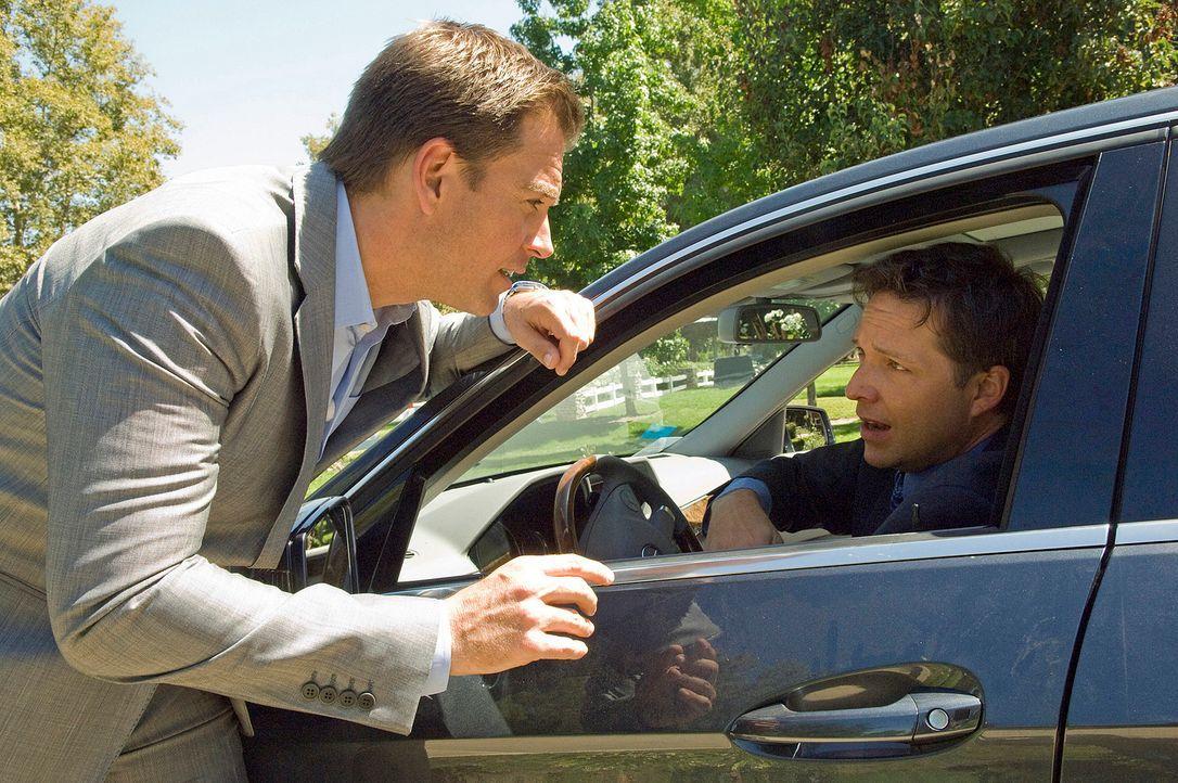 Versucht gemeinsam mit seinem Kollegen, einen neuen Mordfall zu lösen: DiNozzo (Michael Weatherly, l.) ... - Bildquelle: CBS Television