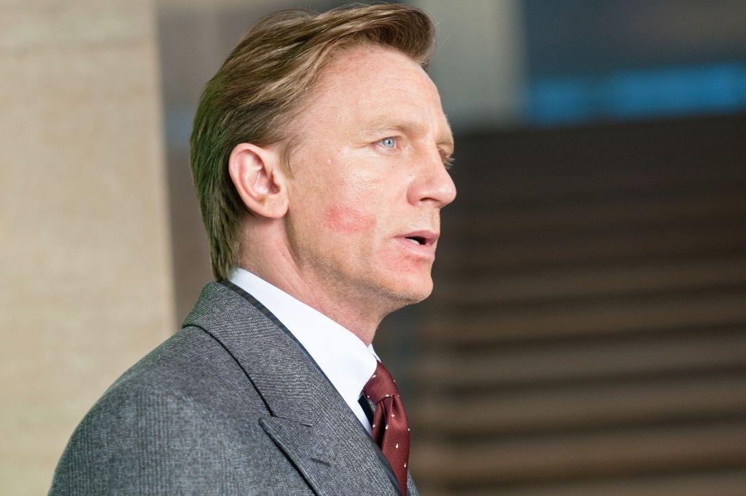 Mit Erschrecken muss Will (Daniel Craig) feststellen, dass seine Familie in großer Gefahr ist ... - Bildquelle: 2011 Universal Studios