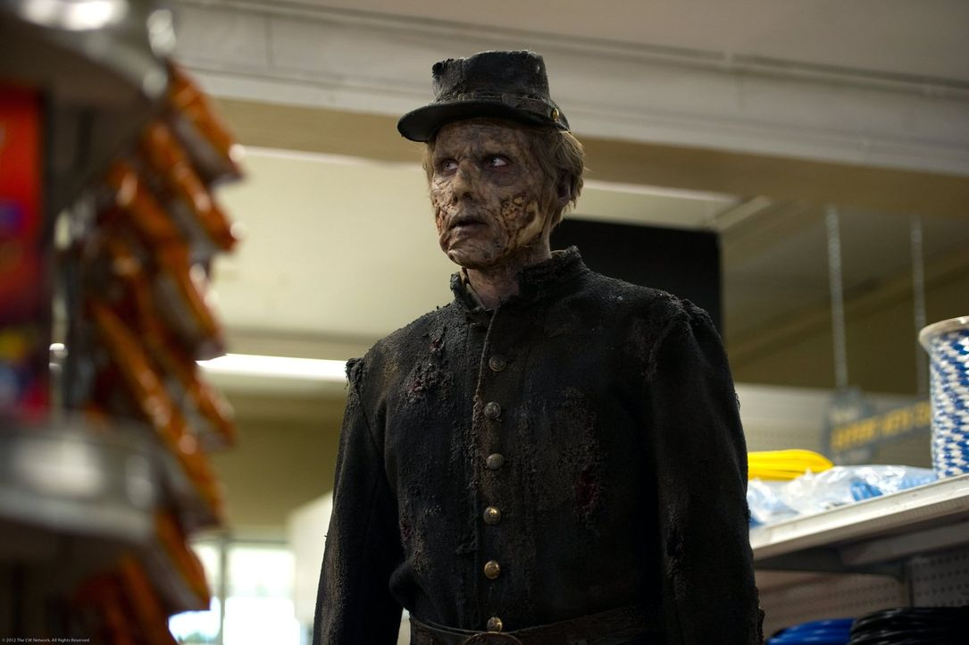 Der unbekannte Soldat vollzieht einen Rachefeldzug, den Sam und Dean nur schwer aufhalten können ... - Bildquelle: Warner Bros. Television