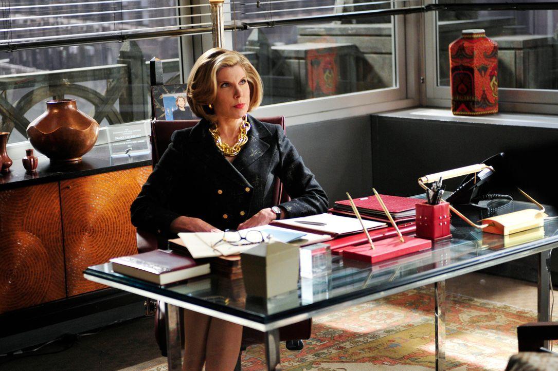 Caitlin hat gekündigt und Diane (Christine Baranski) will alles tun, sich doch noch umzustimmen ... - Bildquelle: 2011 CBS Broadcasting Inc. All Rights Reserved.