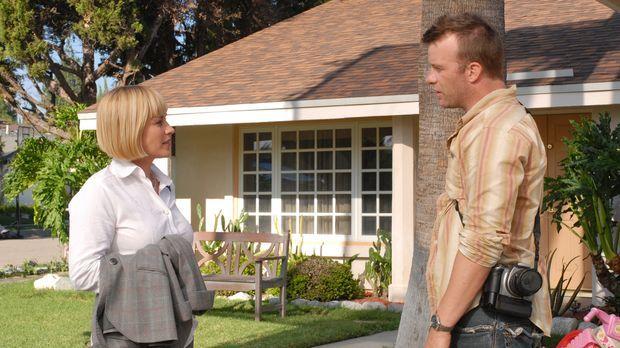 Bei Allison Dubois (Patricia Arquette, l.) taucht ihre Jugendliebe Clay Bicks...
