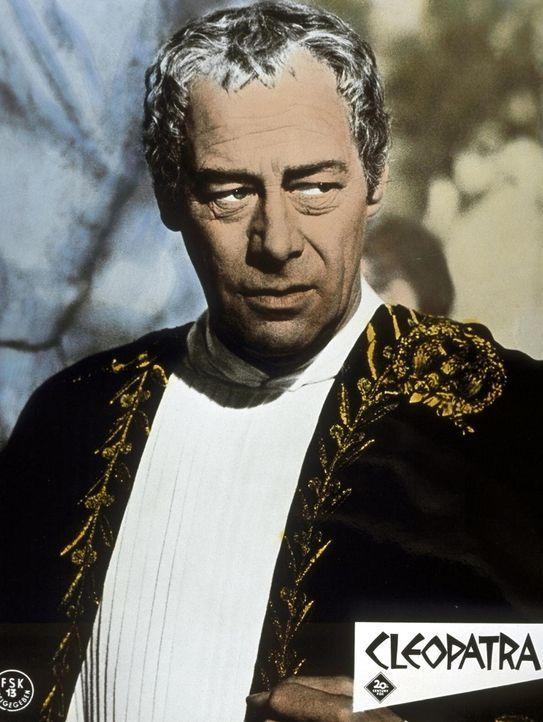Cäsar (Rex Harrison) weidet sich noch in seinem triumphalen Sieg. Doch gegen ihn werden Intrigen gesponnen ... - Bildquelle: 20th Century Fox Film Corporation