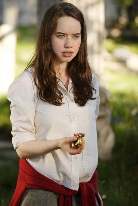 Auf dem Weg ins Internat öffnet sich vor Susan (Anna Popplewell) und ihre Freunde wieder das Tor zu der märchenhaften Welt von Narnia... - Bildquelle: Disney - ABC - ESPN Television