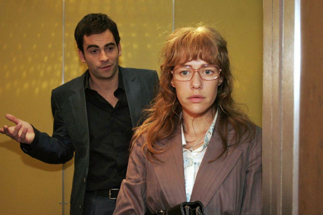 Lisa (Alexandra Neldel, r.) ist getroffen, als David (Mathis Künzler, l.) sie auffordert, Rokko eine Chance zu geben ... (Dieses Foto von Alexandra... - Bildquelle: Noreen Flynn Sat.1