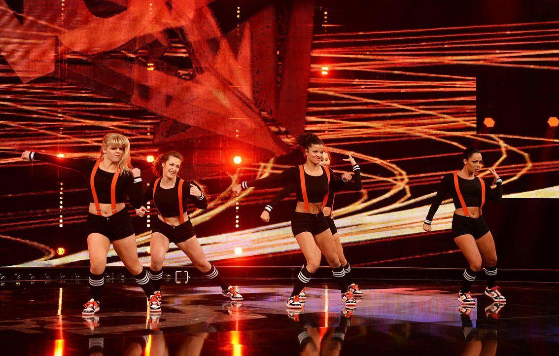 Got-To-Dance-Banging-Boots-02-SAT1-ProSieben-Willi-Weber - Bildquelle: SAT.1/ProSieben/Willi Weber
