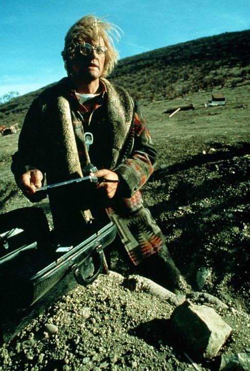 Glaubt endlich am Ziel angekommen zu sein, doch dann muss er die bittere Wahrheit erkennen: Frank Warren (Rutger Hauer) - Bildquelle: Home Box Office (HBO)