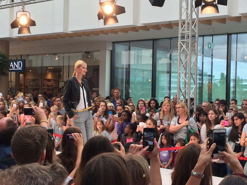 Fashionshow_Darya 2 - Bildquelle: ProSieben