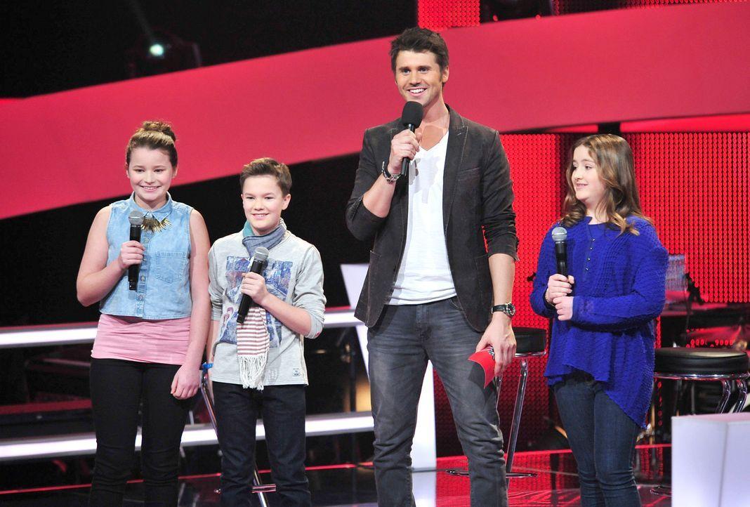 The-Voice-Kids-Stf02-Epi06-Simon-Patrizia-Helena-150-SAT1-Andre-Kowalski - Bildquelle: SAT.1/Andre Kowalski
