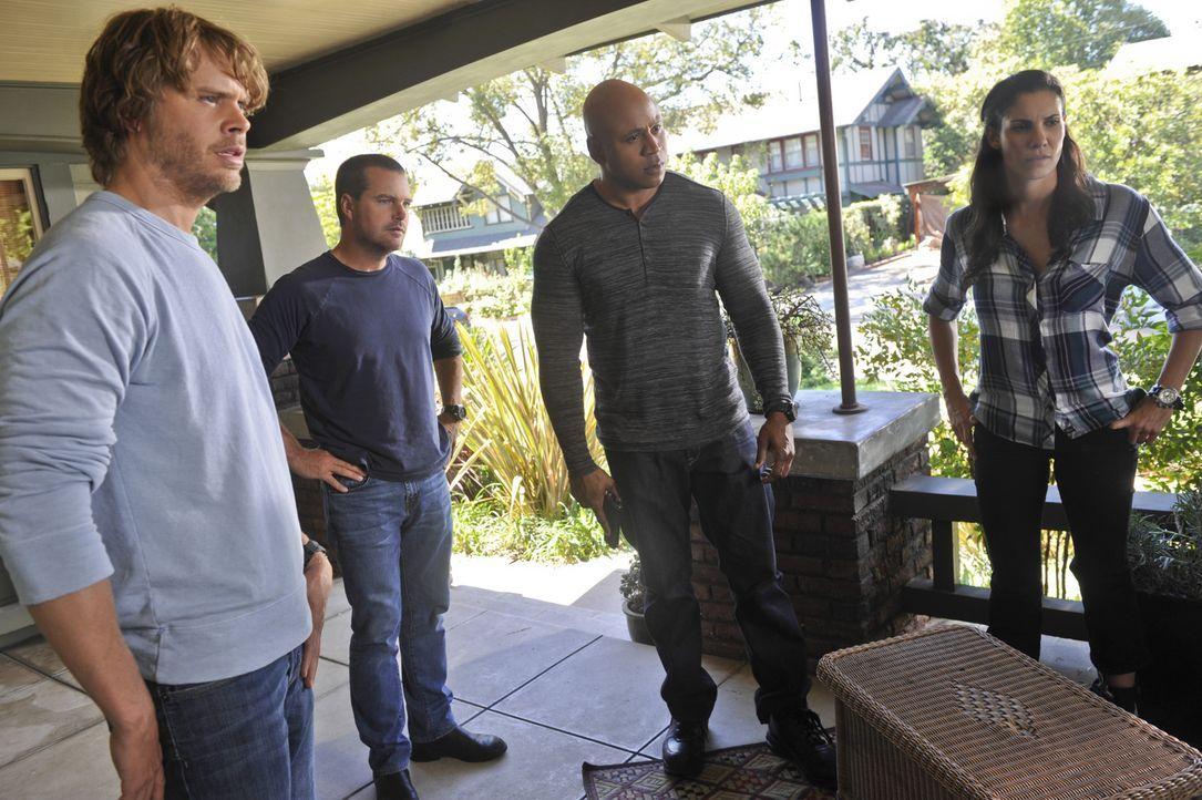 Ein Mord an einem Obdachlosen beschäftigt Callen (Chris O'Donnell, 2.v.l.), Sam (LL Cool J, 2.v.l.), Kensi (Daniela Ruah, r.) und Deeks (Eric Christ... - Bildquelle: CBS Studios Inc. All Rights Reserved.