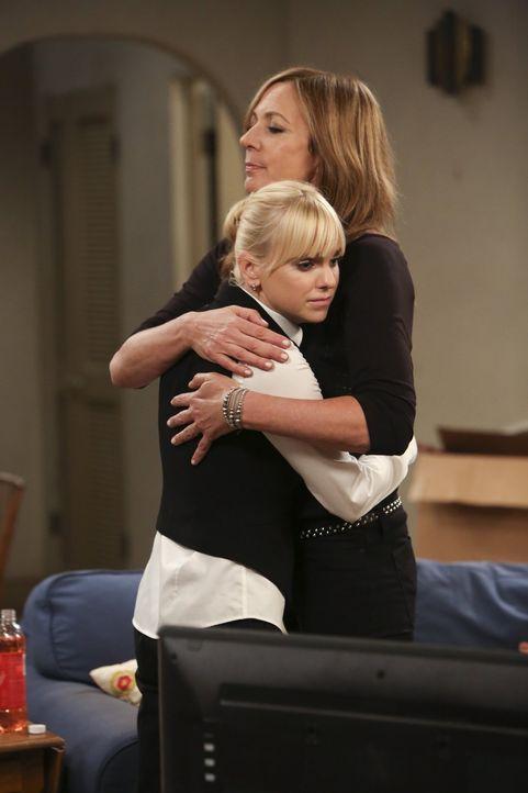 Sind irgendwie immer füreinander da: Christy (Anna Faris, l.) und ihre Mutter Bonnie (Allison Janney, r.) ... - Bildquelle: Warner Bros. Television