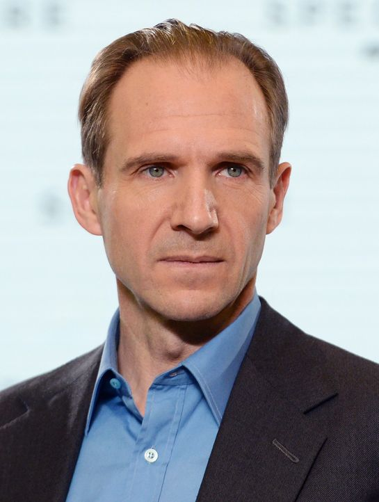 Ralph-Fiennes-Comedy-Musical-14-12-04-dpa - Bildquelle: dpa