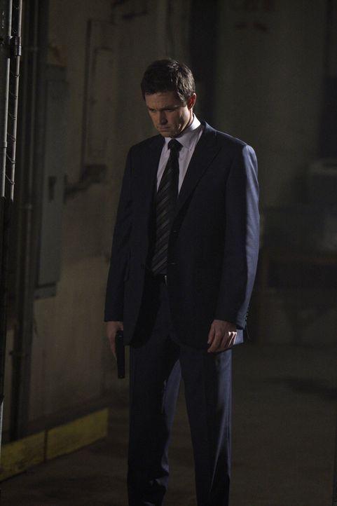 Martin Fitzgerald (Eric Close) kann selbst nicht begreifen, was er gerade getan hat ... - Bildquelle: Warner Bros. Entertainment Inc.