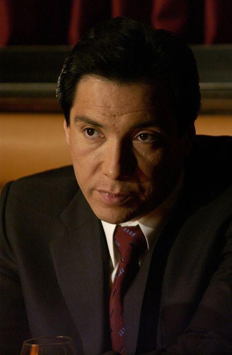 Capt. David Aceveda (Benito Martinez) lernt zufällig die Prostituierte Sara kennen und erhofft sich, mit ihrer Hilfe über das Trauma nach seiner V... - Bildquelle: 2005 Twentieth Century Fox Film Corporation. All Rights Reserved.