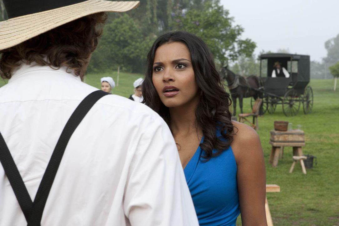 Riley (Jessica Lucas) lernt einen Amish kennen und empfindet zum ersten Mal tiefe Gefühle für einen Mann. Doch haben sie wirklich eine gemeinsame Zu... - Bildquelle: NBC Universal, Inc.