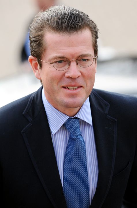 Guttenberg dpa 2 - Bildquelle: dpa/picture alliance