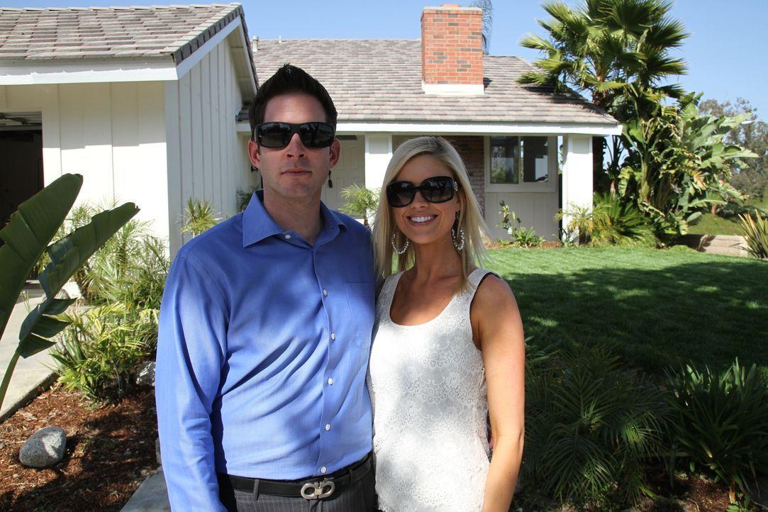 (1. Staffel) - Top oder Flop? Die Super-Makler: Christina (r.) und Tarek (l.) El Moussa kaufen preiswert Häuser auf. Sie stecken all ihre Energie in... - Bildquelle: 2012, HGTV/Scripps Networks, LLC. All Rights Reserved