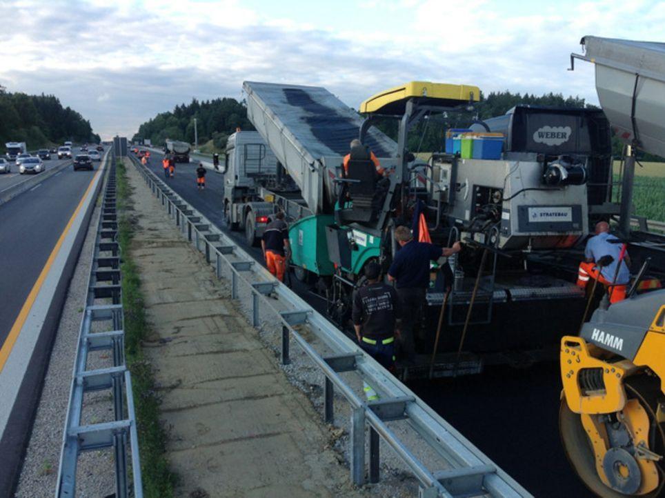 Wir bekommen exklusiven Zutritt zur längsten Autobahnbaustelle Bayerns - auf der A9 zwischen dem Dreieck Holledau und dem Kreuz Neufahrn. - Bildquelle: kabel eins