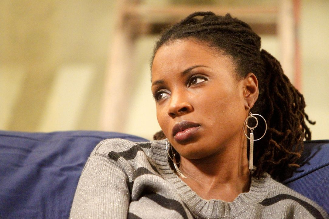 Weil Fionas Mutter Monica Liam wegnehmen möchte, muss Veronica (Shanola Hampton) ihrer besten Freundin beistehen ... - Bildquelle: 2010 Warner Brothers