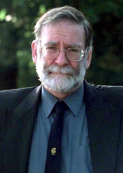 Shipman war ein Arzt aus Manchester und wurde bekannt, weil er im Zeitraum von 1970 bis 1998 Morde an mindestens 218 Patienten verübte, was ihm den...