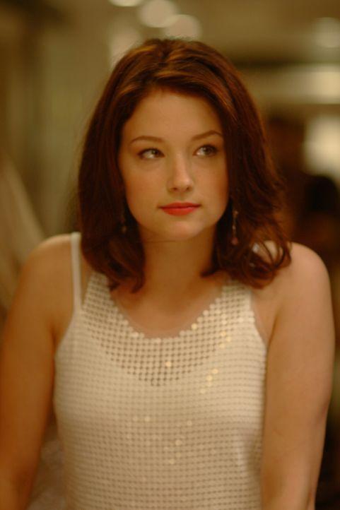 Als eines Tages ihre Mutter versucht, sie umzubringen, beginnt für den bis dahin unbeschwerten Teenager Molly (Haley Bennett) eine schier unendlich...