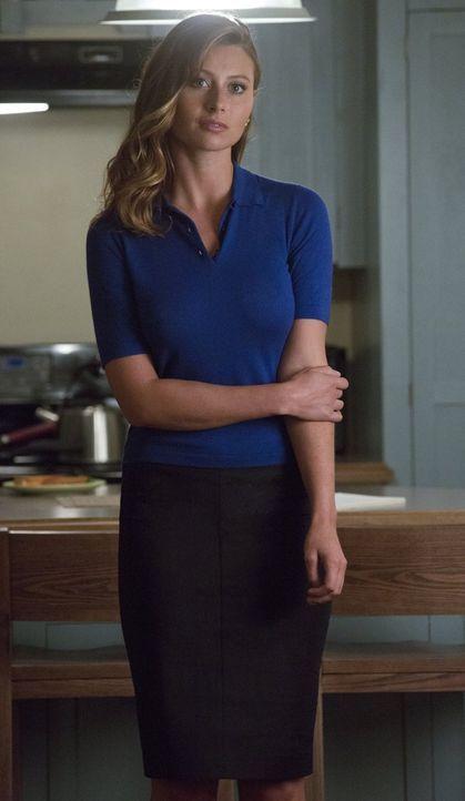 Peyton (Aly Michalka) kehrt als Leiterin einer Task Force gegen Utopium ins Land zurück, aber wird sie auch wieder Kontakt mit ihrer ehemals besten... - Bildquelle: 2014 Warner Brothers