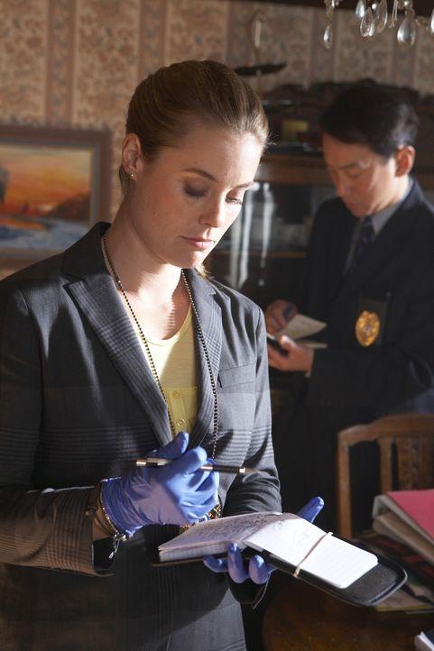 Ahnt nicht, dass sie in größter Lebensgefahr schwebt: die eigenwillige Polizistin Stump (Ashley Williams, l.) ... - Bildquelle: ONCE UPON A TIME FILMS, LTD. ALL RIGHTS RESERVED.